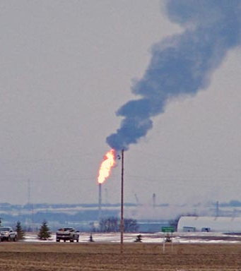Flaring is an unneccessary waste of resources that could quickly lower CO2 emissions