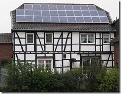 776px-SolarFachwerkhaus