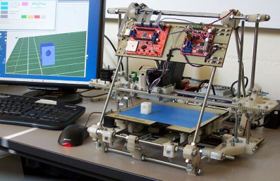 RepRap 'Mendel' self-replicating machine